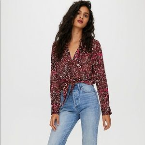 Aritzia Wilfred tie front top- size small